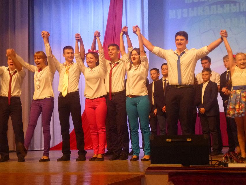 Музыкальный конкурс-фестиваль команд Юниор-лиги КВН прошел в Михайлове