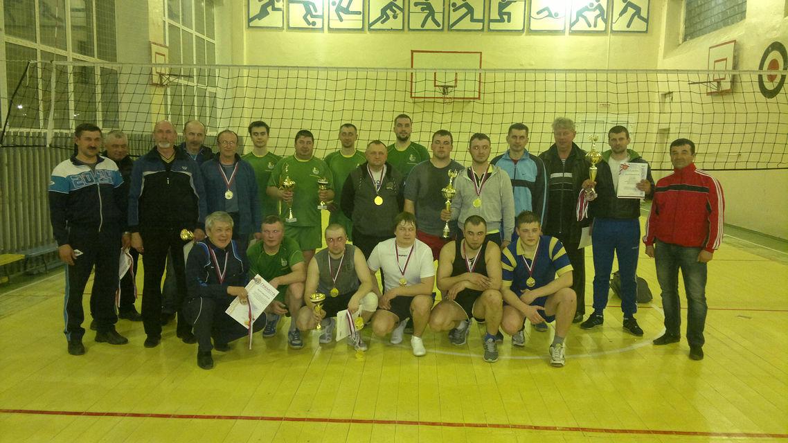 Открытый чемпионат и Кубок закрытия сезона по волейболу завершился в Михайловском районе